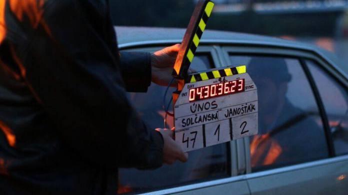 Režisérka, scenárista a filmový kritik v relácii Petra Konečného