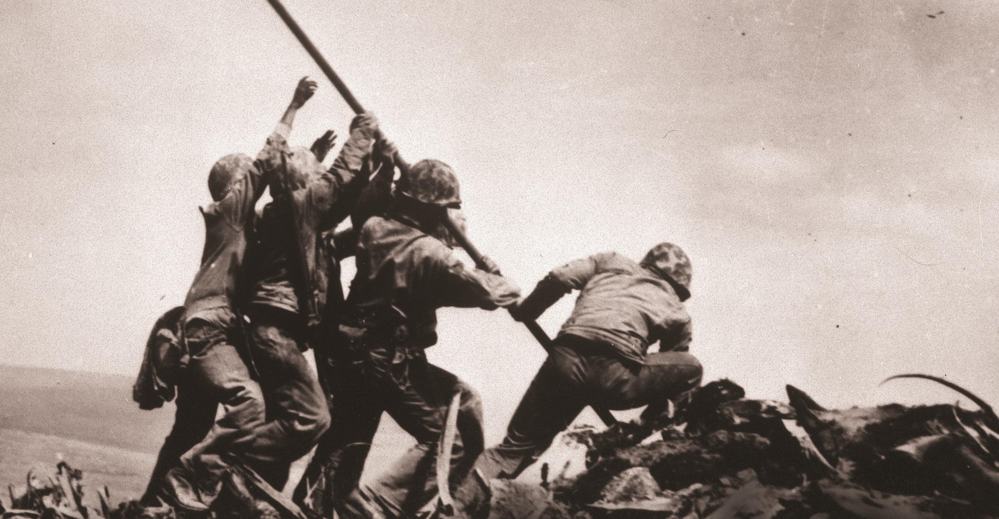 Vedeli ste o tom, že jeden z vojakov na slávnej fotke bol slovenského pôvodu?