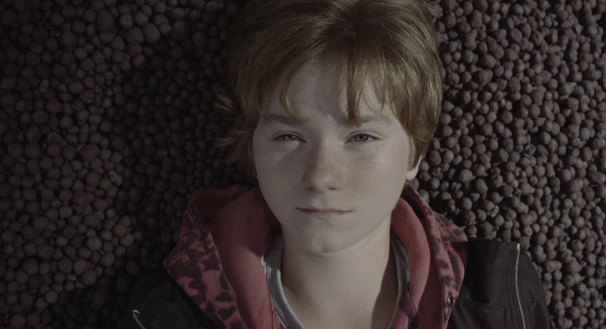 Prvý trailer k filmu Nina - Juraj Lehotský sa vracia do Karlových Varov