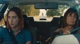 Uvoľnená nezávislá romantická komédia Lady Bird v prvom traileri