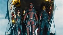 Deadpool sa stretáva s Cableom v novom vtipnom traileri