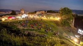 Filmová noc na hrade vo Veľkom Šariši zaujme na všetkých frontoch