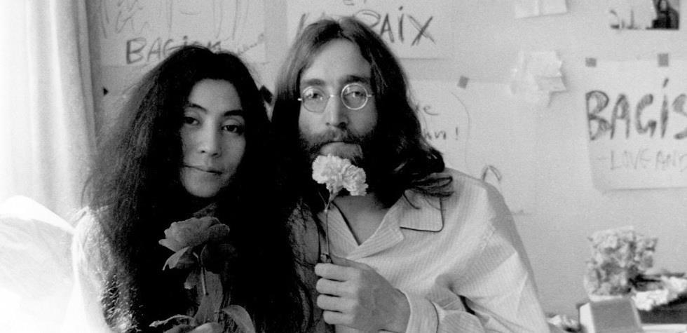 Príbeh Johna Lennona a Yoko Ono sa dočká filmového spracovania