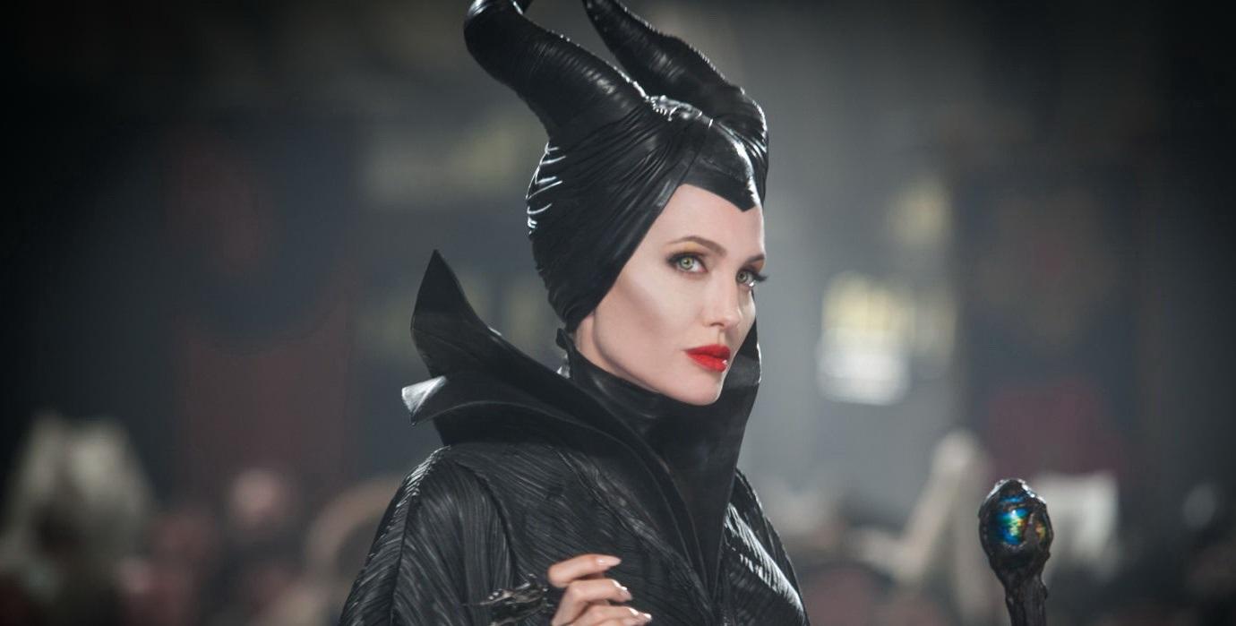 Pokračovanie Vládkyne zla s Angelinou Jolie dorazí do kín už v októbri 2019