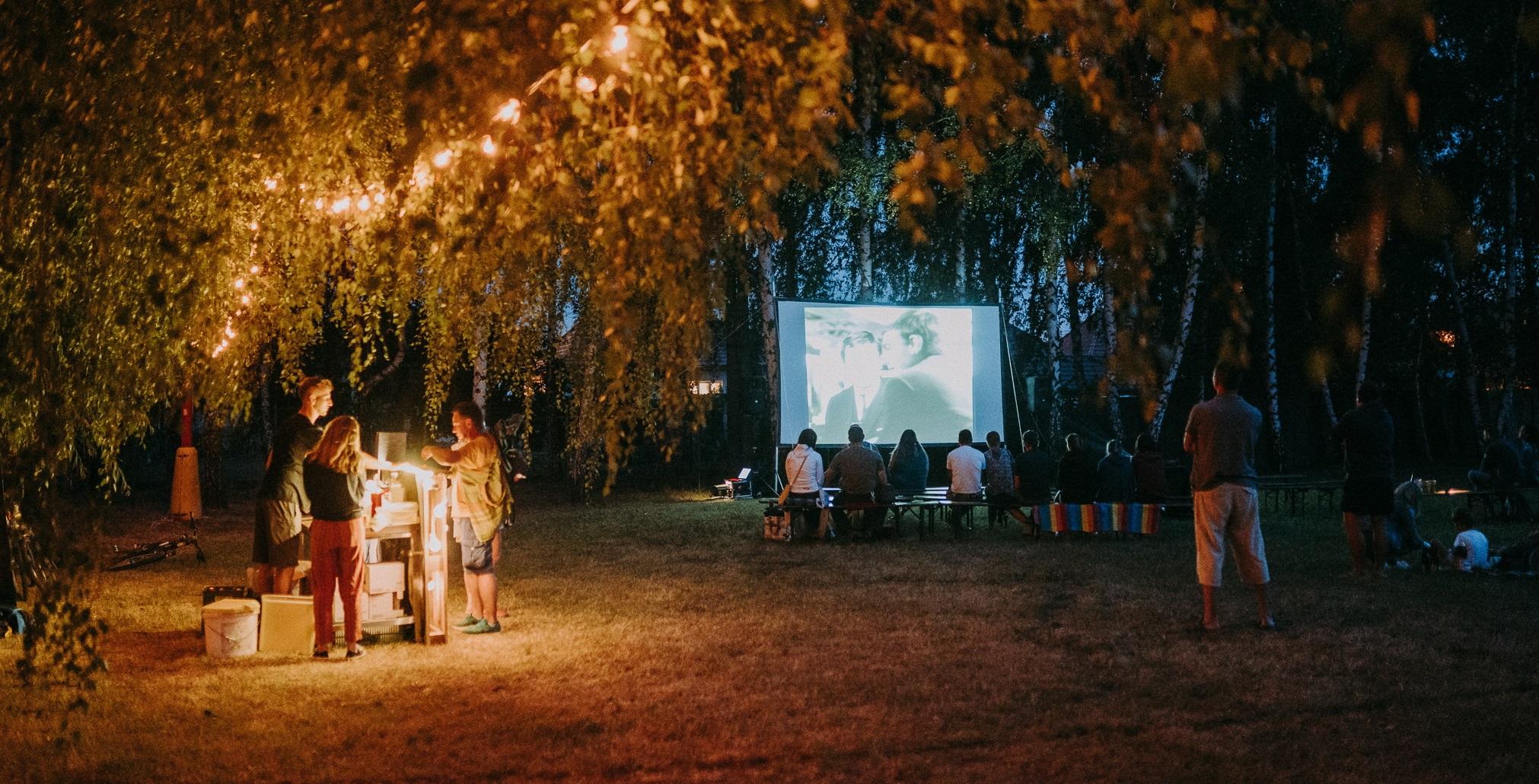 Vidiecke komunity sa stretli pri filmových premietaniach VIFI FESTU
